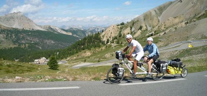 Voyage en vélo dans les Alpes