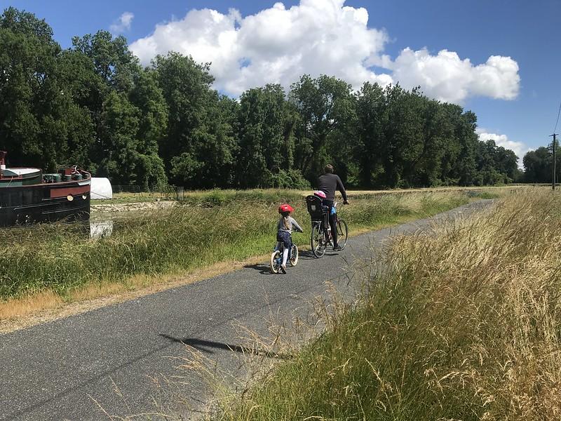 En bordure de la forêt de Fontainebleau à vélo